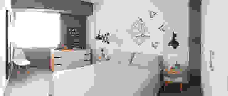 Diseño y reforma integral apartamento dúplex en El Perelló, Valencia Cuartos de estilo moderno de PEANUT DESIGN STUDIO Moderno
