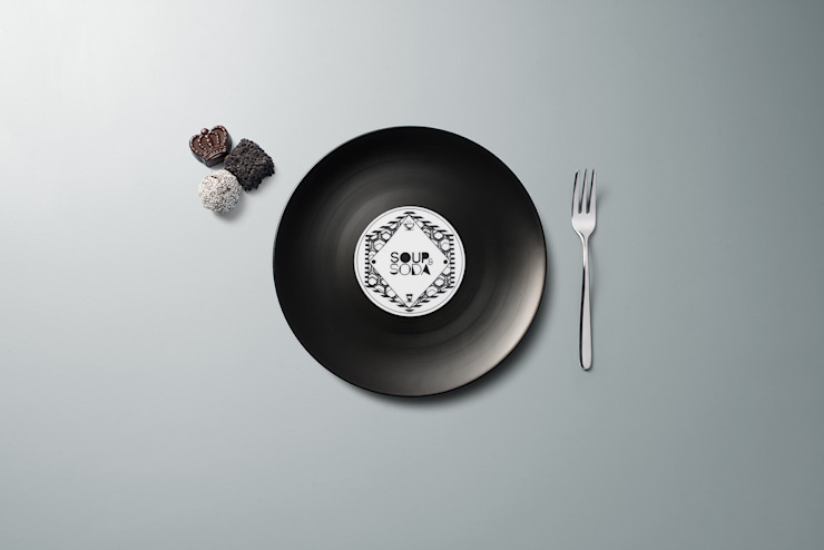 Longplate - Porcelane plate 21 cm di Mamado srl