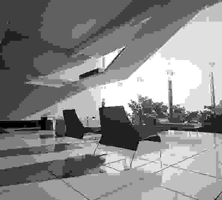 Modern Walls and Floors by FCM Arquitetura Modern