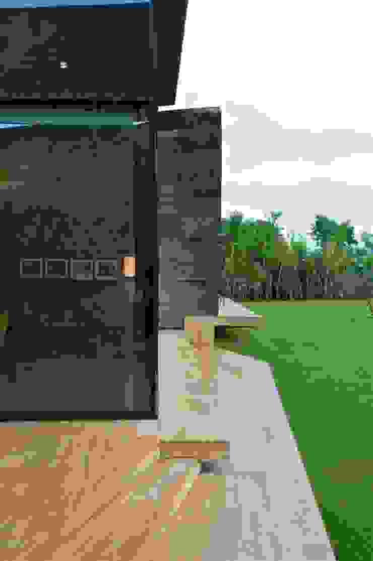 House by the Ganges, Rishikesh Rooms by Rajiv Saini & Associates