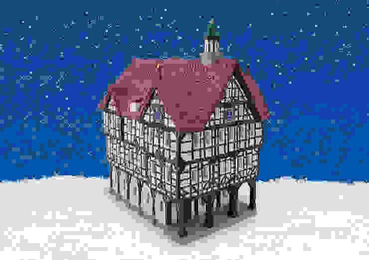 12562 - Porzellan Windlichthaus Rathaus Bad Urbach 14x20x22 cm von G. Wurm GmbH + Co. KG Klassisch