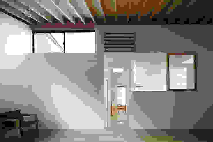 リビング オリジナルな 家 の 内田雄介設計室 オリジナル