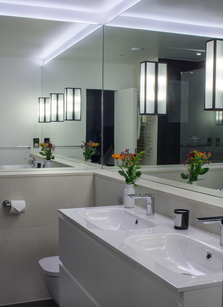 Ensuite bathroom Minimalist bathroom by Cassidy Hughes Interior Design Minimalist