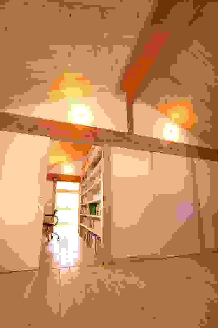 書斎コーナー 和風デザインの 子供部屋 の 三宅和彦/ミヤケ設計事務所 和風
