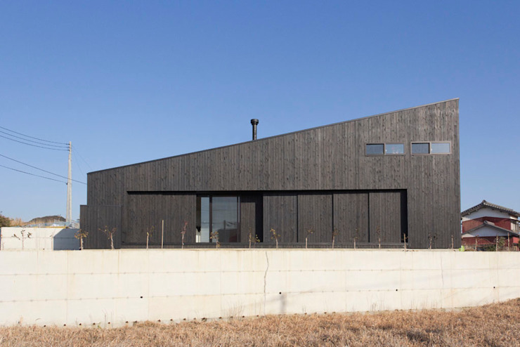 Modern Houses by BAKOKOデザインディベロップメント Modern