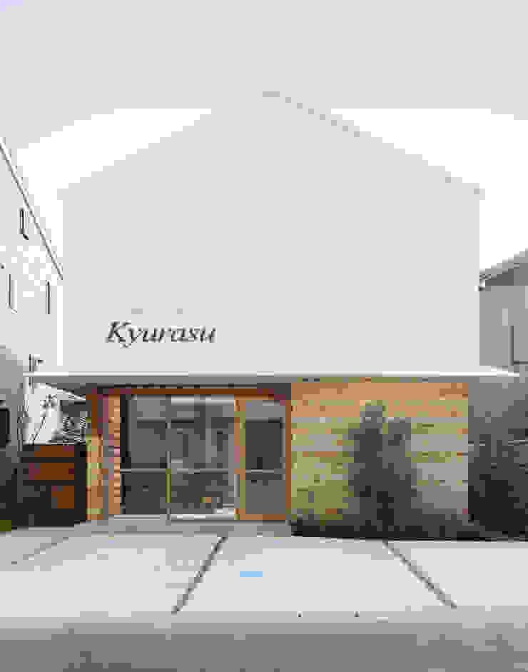 Casas de estilo moderno de アトリエ FUDO Moderno