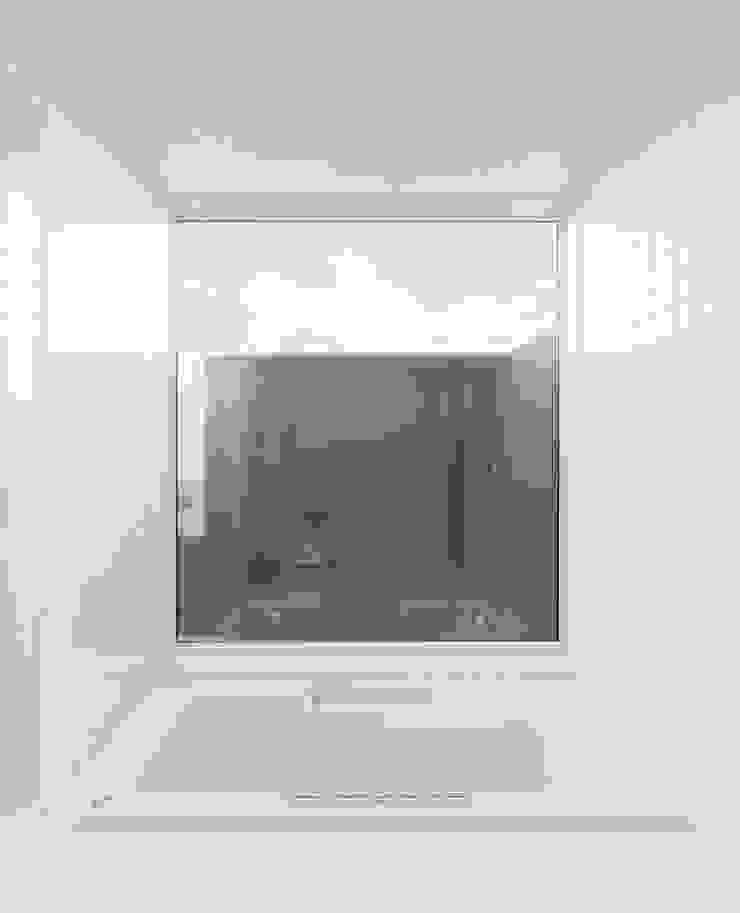 Onjuku Surf Shack モダンな 家 の BAKOKOデザインディベロップメント モダン