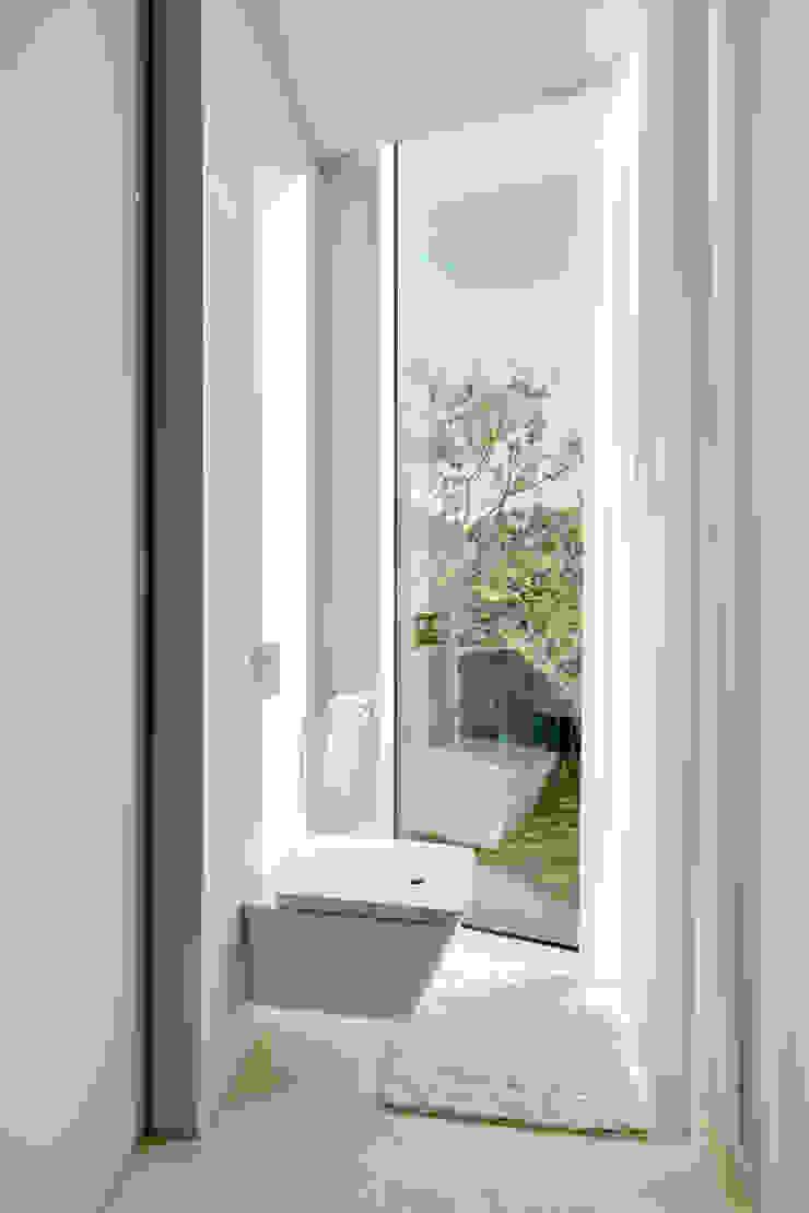 Salle de bain moderne par Wiel Arets Architects Moderne