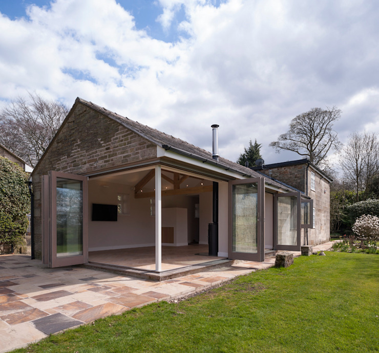 The Garden Cottage Modern houses by Fraher and Findlay Modern