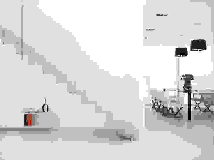 minimalist  by Rintal, Minimalist