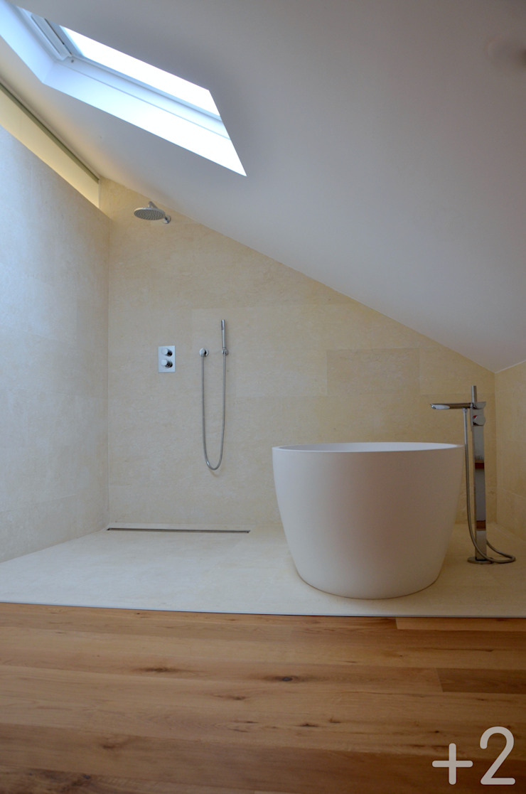 #unifamiliarVALDEMORILLO Baños de estilo moderno de +2 Moderno