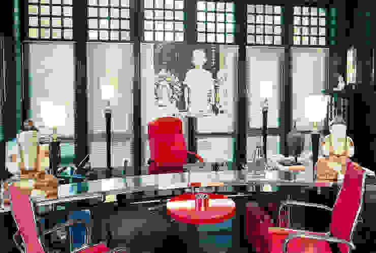 por Art Deco Schneider Eclético