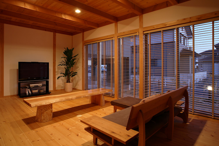 リビング 和風デザインの リビング の 三宅和彦/ミヤケ設計事務所 和風