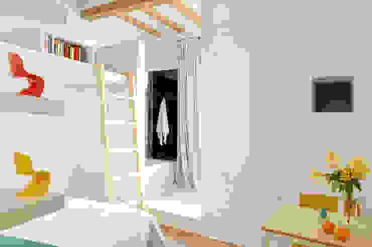 PISO SALVA46 Baños de estilo moderno de Miel Arquitectos Moderno