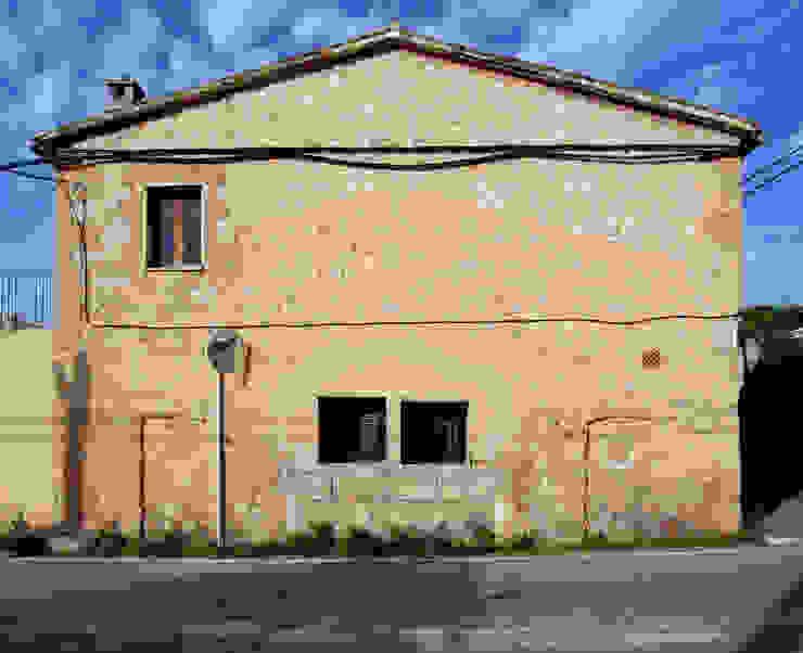 CASA CAN FOGARADA Casas de estilo rural de Miel Arquitectos Rural
