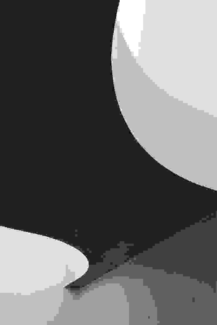 Tender concrete モダンな 家 の 半谷彰英建築設計事務所/Akihide Hanya Architect & Associates モダン