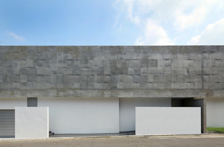 Houses by 半谷彰英建築設計事務所/Akihide Hanya Architect & Associates, Modern