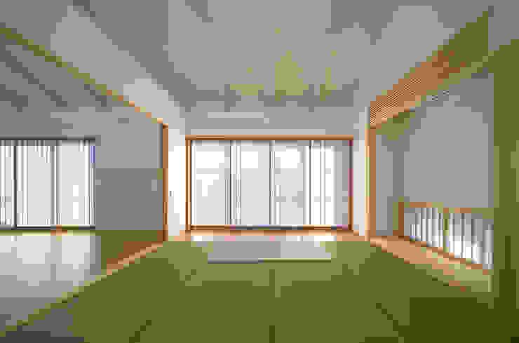 環境と共生する「大刀洗の家」: 梶垣建築事務所が手掛けたアジア人です。,和風