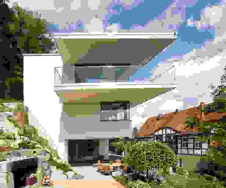 Ansicht West: modern  von Atelier und Architekturbüro Bärenwald,Modern