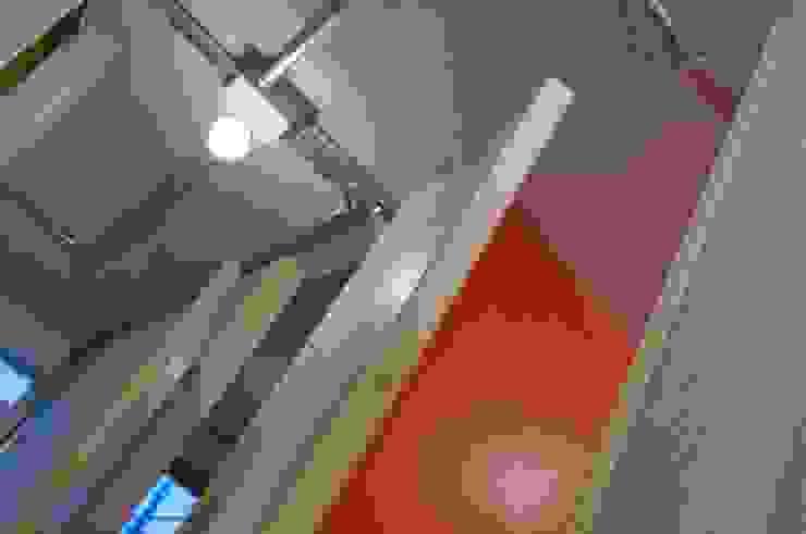 particolare colori stanze tecniche Negozi & Locali commerciali in stile industrial di Andrea Stortoni Architetto Industrial