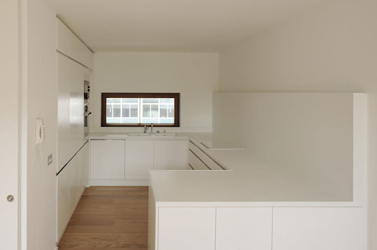Postern Flat, Barbican by DRDH Architects