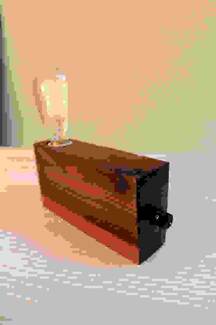 Anllarinos de BRZ wood DESIGN Moderno