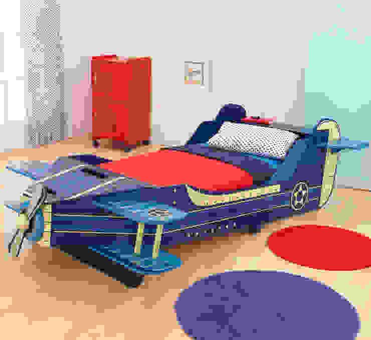 Aeroplane Toddlers Bed por Cuckooland Moderno