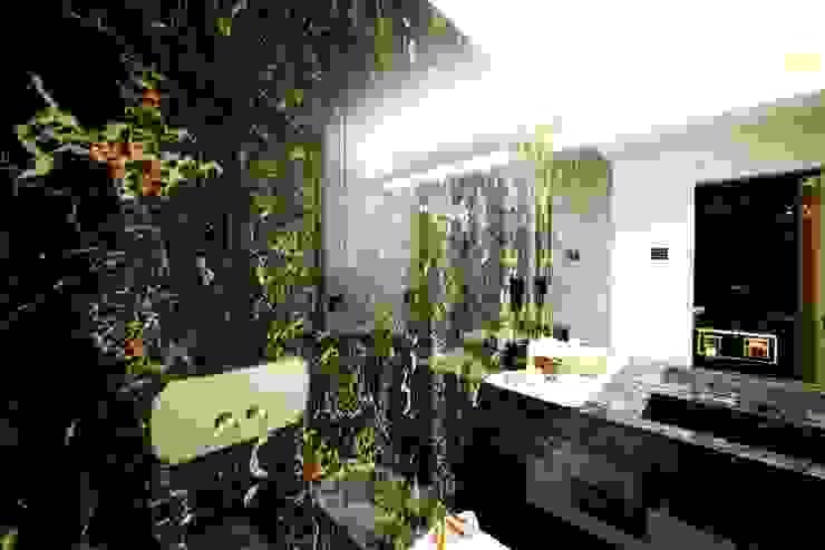 Modern bathroom by Matteo Gattoni - Architetto Modern