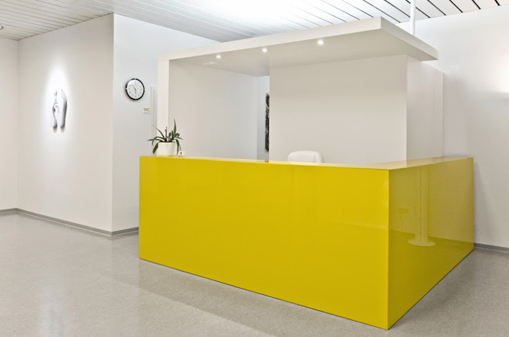 Theke Moderne Praxen von Studio DLF Modern
