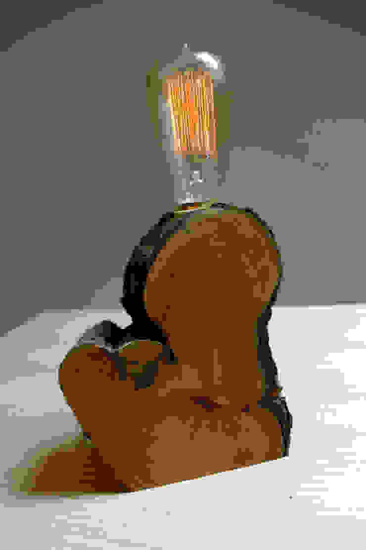 Corbon de BRZ wood DESIGN Moderno