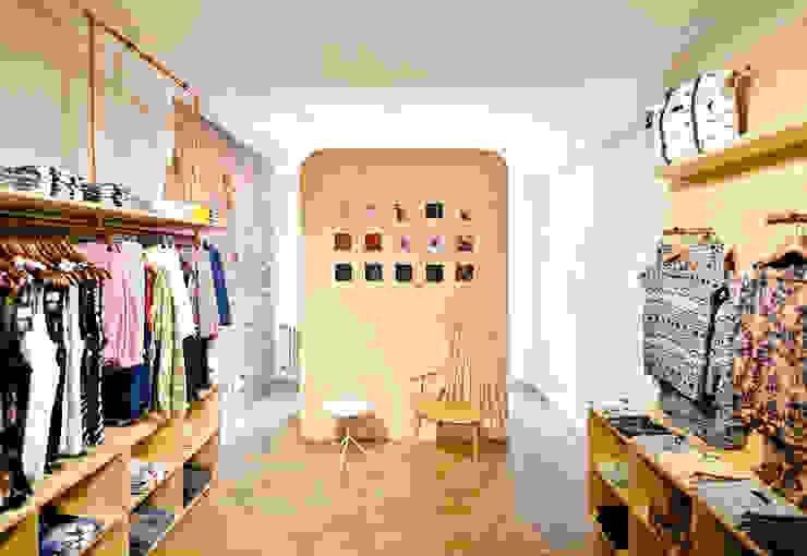 Jem Urbanwear Industriale Geschäftsräume & Stores von Studio DLF Industrial