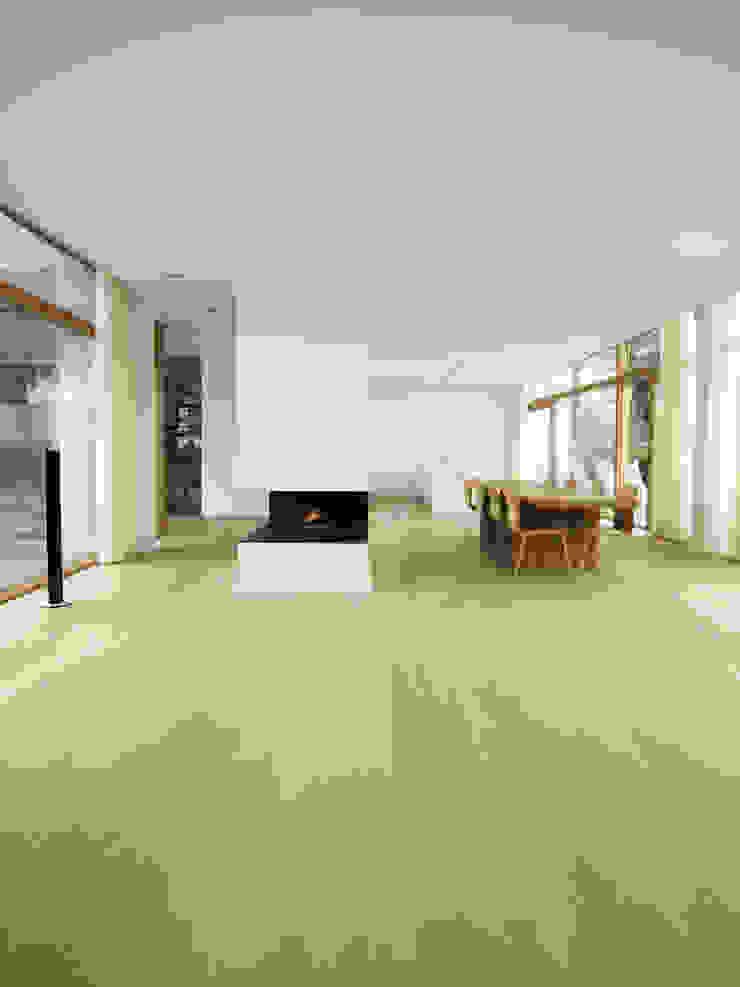Oak by Dinesen