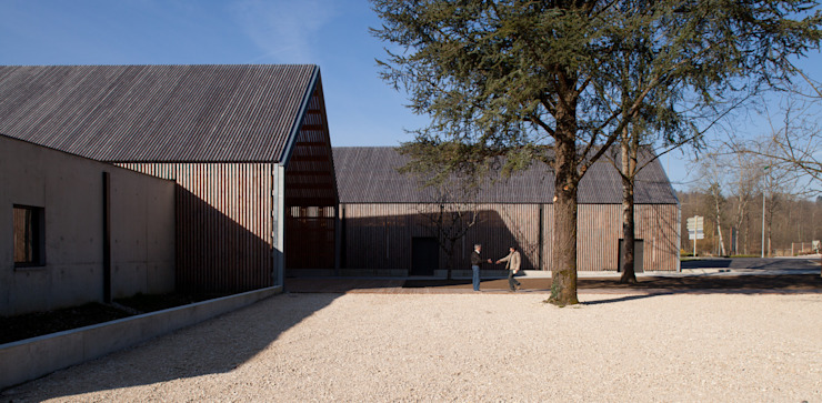 MAISON DU LAC D'AIGUEBELETTE Musées ruraux par FABRIQUES ARCHITECTURES PAYSAGES Rural