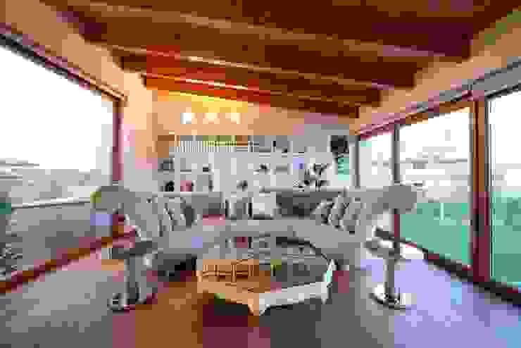 Projekty,  Salon zaprojektowane przez Matteo Gattoni - Architetto, Nowoczesny