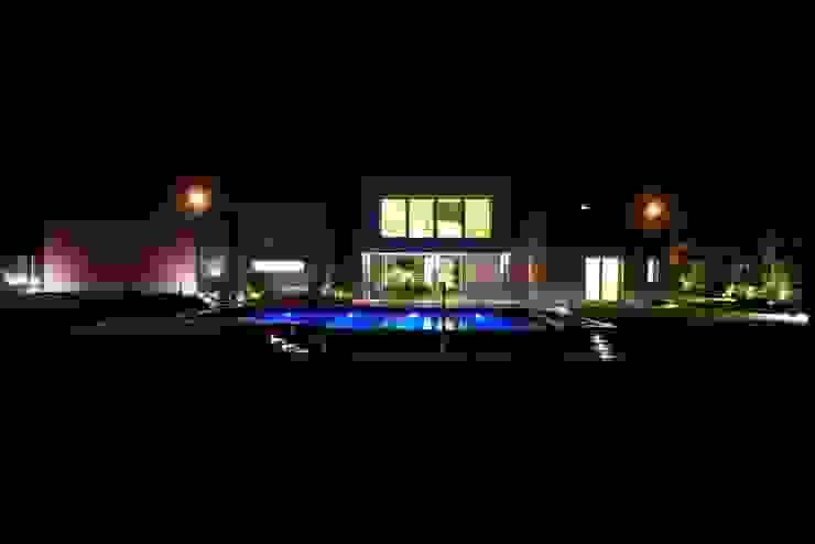 Modern home by Matteo Gattoni - Architetto Modern