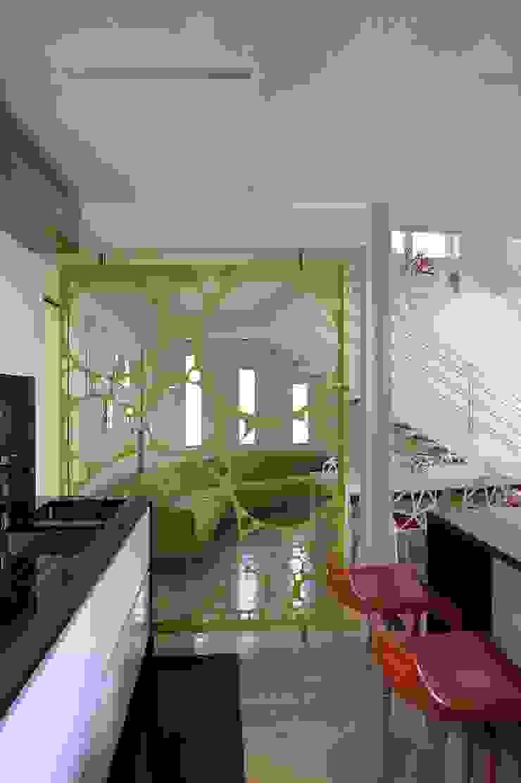 Cucina Post operam di Studio Angelo Luigi Tartaglia Moderno