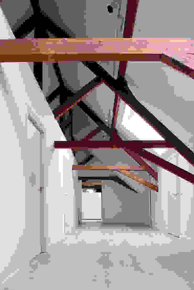 Monumentale langhuisboerderij 'Het Zwanenburg' Landelijke huizen van OTH architecten Landelijk