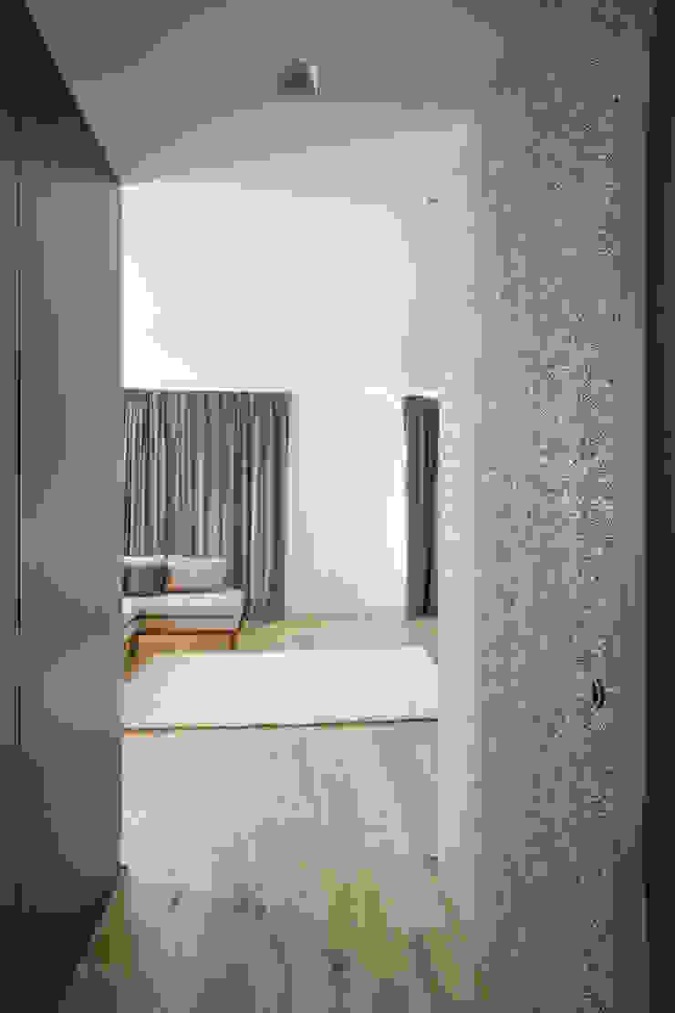 Soho Duplex Salas modernas de Slade Architecture Moderno
