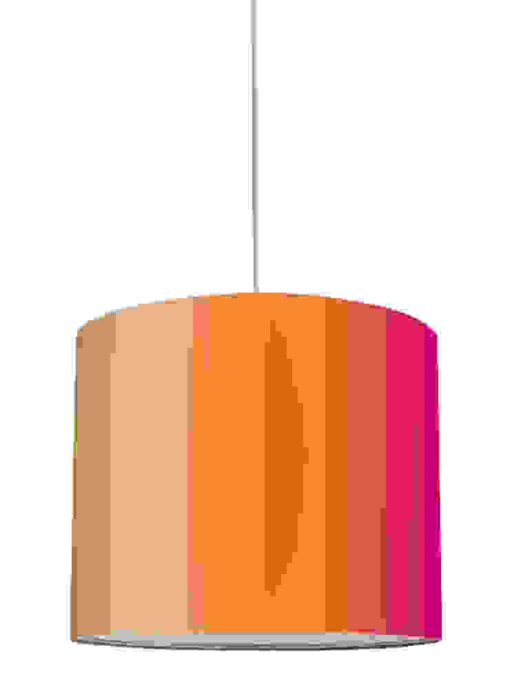 """Lampenschirm """"Stripes Peach-Dragonfruit"""": modern  von Anna Wand,Modern"""