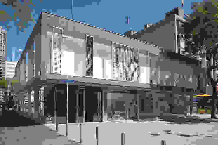 Bershka aan de Lijnbaan Winkelruimten van Linea architecten