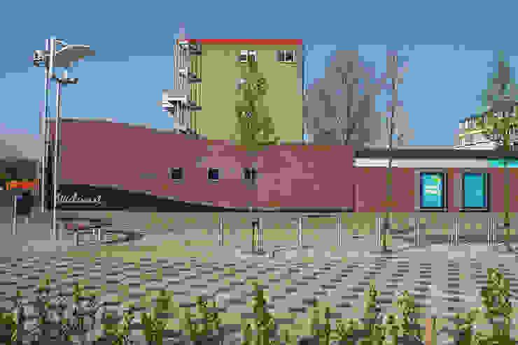 renovatie winkelcentrum de Wielewaal Moderne winkelcentra van Linea architecten Modern
