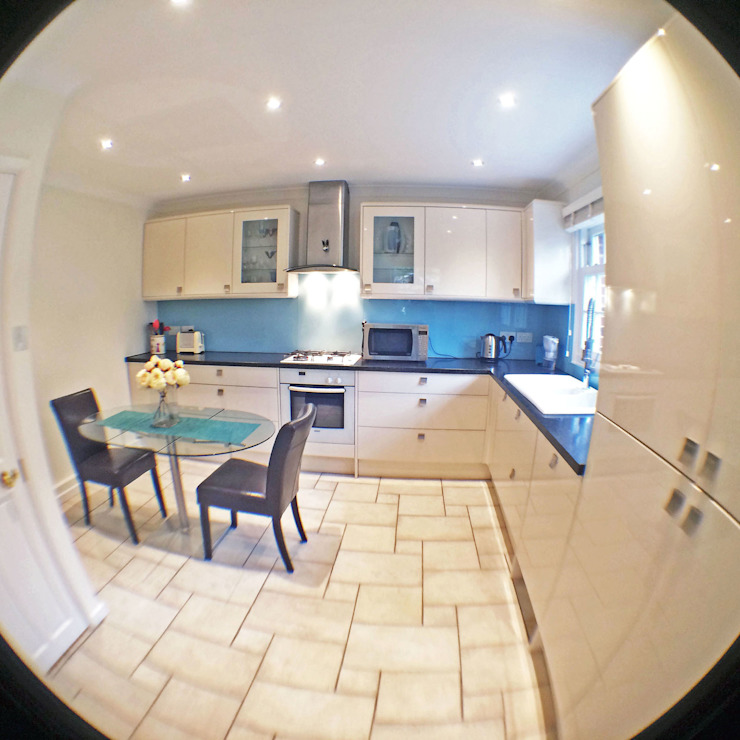 3 Bed detached house in Wimbledon, London Modern kitchen by Absolute Project Management Modern