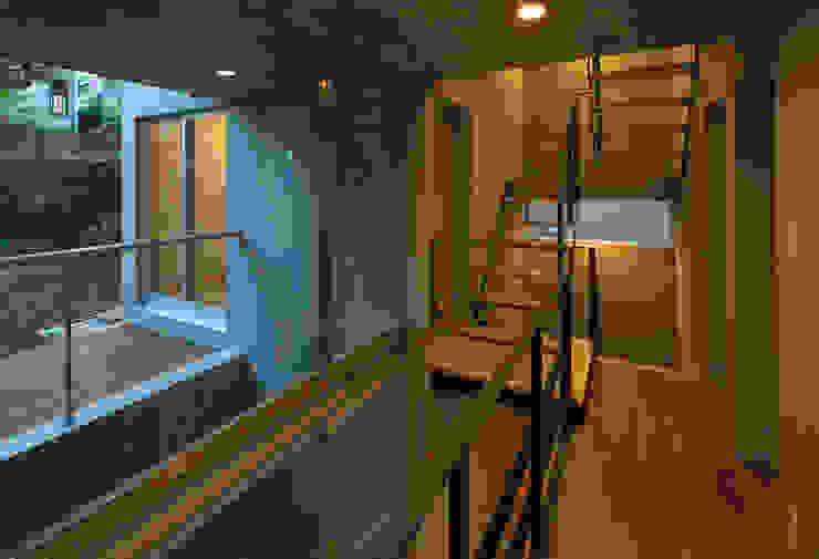 階段室 モダンスタイルの 玄関&廊下&階段 の 株式会社フォルムス/FORMS モダン