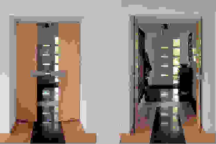 woonhuis in Achel [België] Eclectische gangen, hallen & trappenhuizen van PHOENIX, architectuur en stedebouw Eclectisch