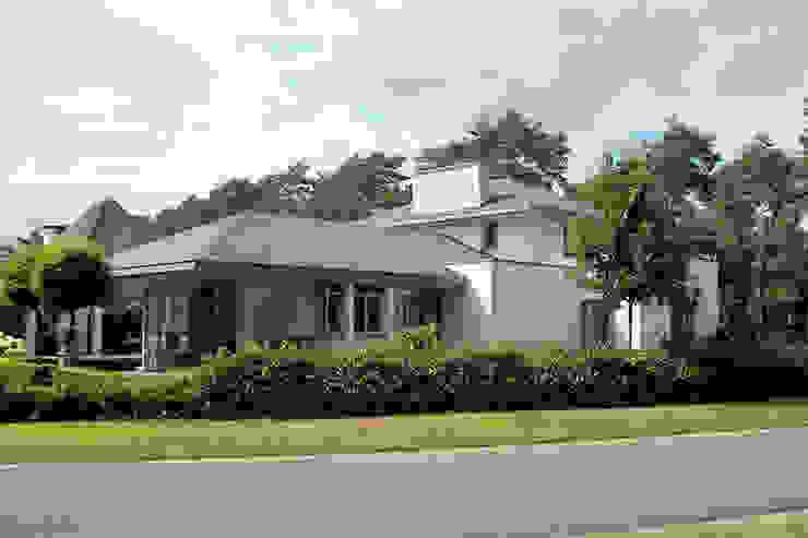 woonhuis in Achel [België] Eclectische huizen van PHOENIX, architectuur en stedebouw Eclectisch
