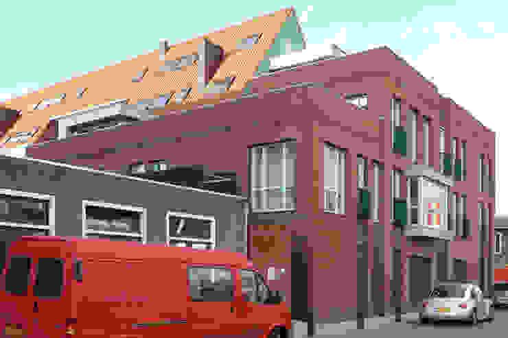 Classic style houses by PHOENIX, architectuur en stedebouw Classic