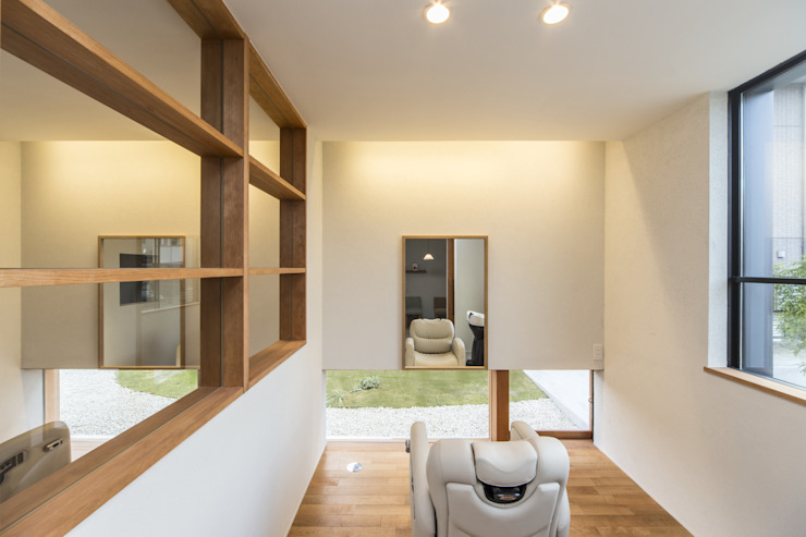 「北福野の家」: WORKS  WISEが手掛けた現代のです。,モダン