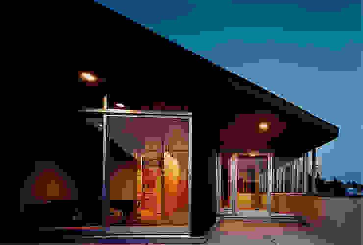 RH-1 の Ryuji Koyama Architects & Associates 小山隆治建築研究所