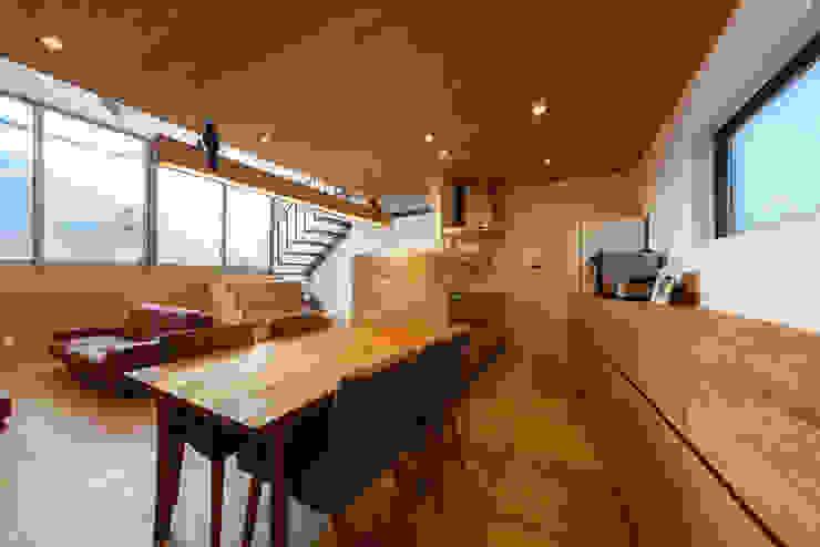 haus-wave 北欧デザインの ダイニング の 一級建築士事務所haus 北欧