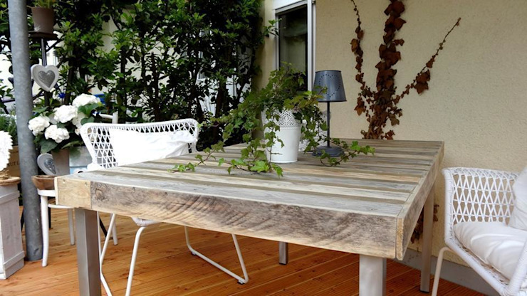 Der Tisch: industriell  von Beton Cube,Industrial